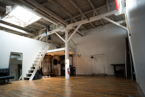 Downtown Photography Studio in Historic Artist Community in South of Market, San Francisco, CA | Peerspace
