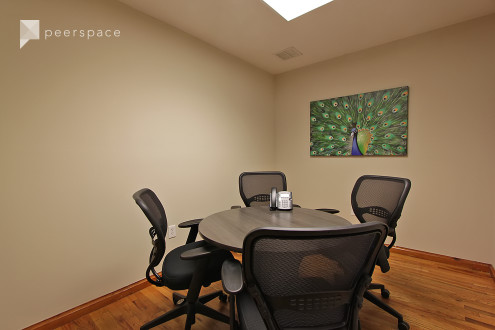 Chelsea Small Meeting Room Space in Midtown, New York, NY | Peerspace
