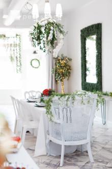 Chic Elegant Parisian Style Event Venue / Indoor-Garden Look & Feel! in Burbank, CA | Peerspace