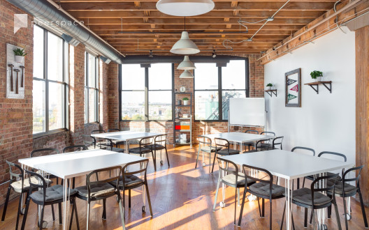 Offsite-Ready, Industrial Loft Close to the Loop in West Town, Chicago, IL | Peerspace