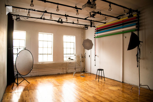 Bright, Spacious & Affordable Studio! (backdrops included - no extra charge!) in Bushwick, Brooklyn, NY | Peerspace