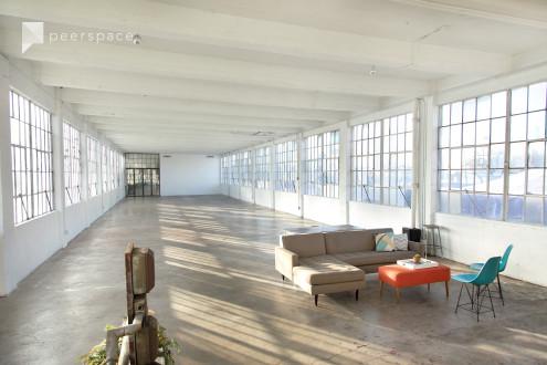 4100+ Sqft Historic Natural Light Warehouse Loft Studio in Central LA, Los Angeles, CA | Peerspace