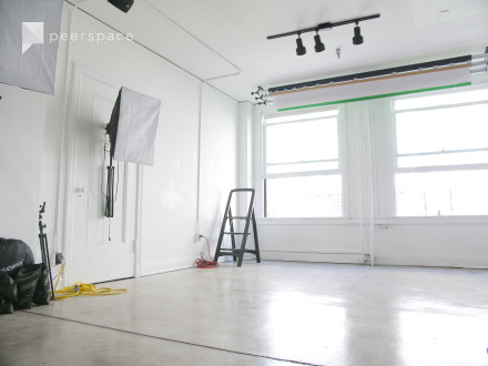 Photo Studio with Equipment, Blackout and Natural Light for Photography & Video in Central LA, Los Angeles, CA | Peerspace