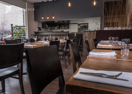 Modern, Contemporary, Casual Restaurant Space in Downtown Palo Alto in University South, Palo Alto, CA | Peerspace