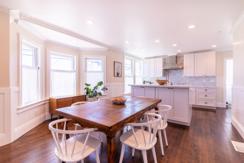 Stunning, Spacious Edwardian- Open, Light and Airy in Sunset District, San Francisco, CA   Peerspace