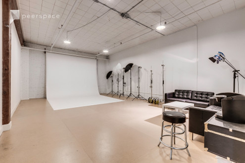 Affordable blank canvas SODO studio. in SODO, Seattle, WA | Peerspace