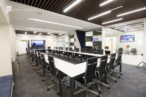 Large Modern Meeting Room I - in the Heart of Times Square - TS in Midtown, NEW YORK, NY | Peerspace