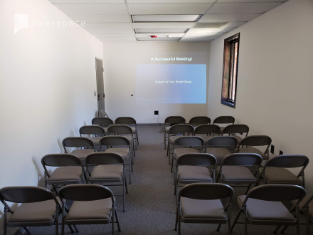Creative Meeting and Conference Space For Small Production Use in Gwinnett Village, Atlanta, GA | Peerspace