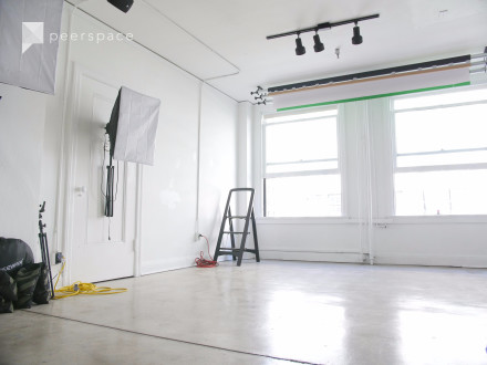 Photo & Film Studio - Equipment included! in Central LA, Los Angeles, CA | Peerspace