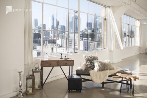 DTLA Skyline View Studio 1700 SF / Photo & Film / West Windows in Central LA, Los Angeles, CA | Peerspace