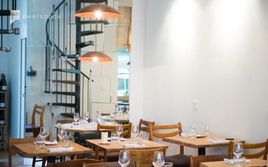 Restaurant design ambiance scandinave dans le 11ème arrondissement in Ste Marguerite, Paris,  | Peerspace
