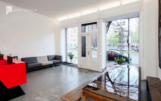 Light Flooded Gallery Room in Mitte, Berlin,    Peerspace