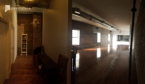 Multi-room studio in North Center neighborhood. Used for dance, photography and events. in North Center, Chicago, IL | Peerspace