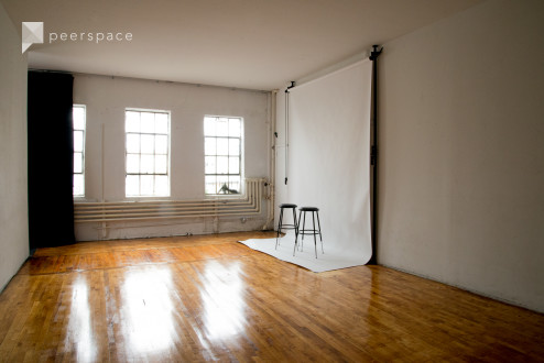 Bright, Spacious & Affordable Studio! (Equip. upgraded!) in Bushwick, Brooklyn, NY | Peerspace