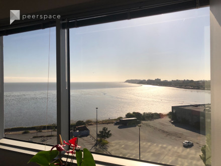 Private Space with a Prime View in Burlingame! - includes free parking in Ingold - Milldale, Burlingame, CA   Peerspace