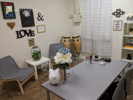 Small Meeting and Video Conference Office in Pittsburgh, Atlanta, GA | Peerspace