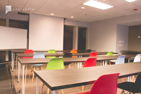 Large Training Room Located on Chicago's Prestigious Michigan Avenue in Magnificent Mile, Chicago, IL | Peerspace