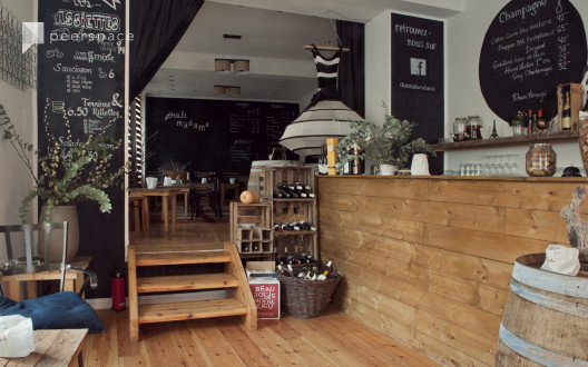 Wein store, roomy, rustical, wood, downtown, events in Mitte, Berlin,  | Peerspace