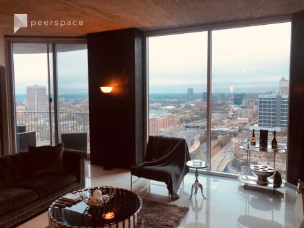 Luxury Off-Site Condo with SkyLine Views in Downtown, Atlanta, GA | Peerspace