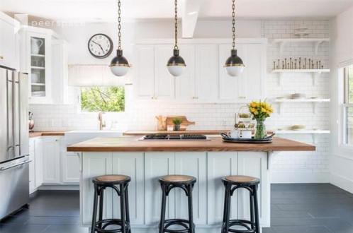 Updated 1915 Craftsman Home with Dream Chefs Kitchen in East Austin, Austin, TX | Peerspace