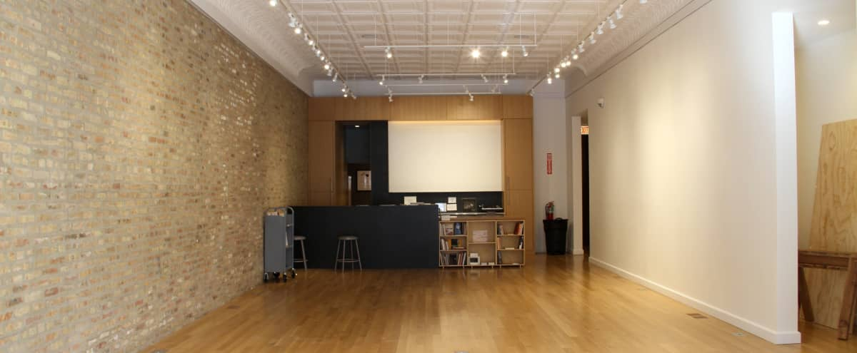 Simple and Beautiful Gallery Space in Chicago Hero Image in North Side, Chicago, IL