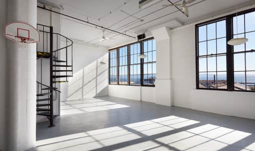 Spacious Photo Studio in Potrero Hill, San Francisco, CA | Peerspace