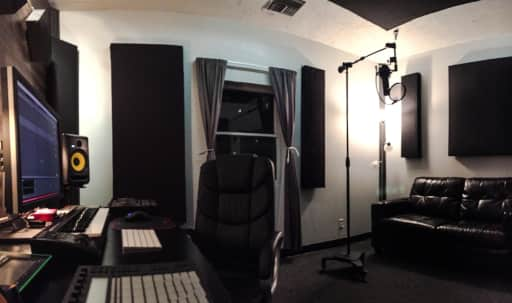 Prime Hollywood Location, Fully Remodeled Production Studio with natural lighting. Gated with 24-hr surveillance. in Central LA, Los Angeles, CA | Peerspace
