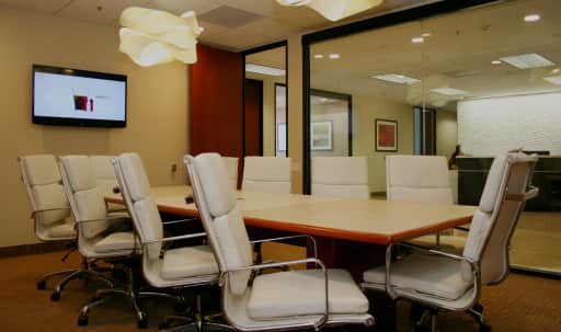 Large Conference Room in Brentwood in Brentwood, Los Angeles, CA | Peerspace