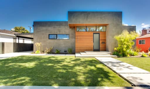 Modern Home with Amazing Natural Light in McLaughlin, Los Angeles, CA | Peerspace