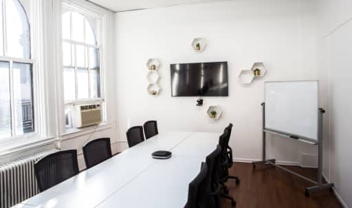 Charming Union Square Conference Room in Lower Manhattan, New York, NY | Peerspace