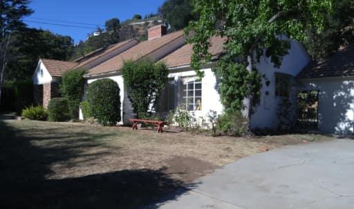 Warm Secluded Bel Air Family Home in Bel Air, Los Angeles, CA | Peerspace