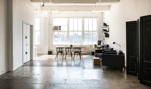 Sunny space with stunning views, ideal for meetings and more intimate functions in Midtown, New York, NY | Peerspace