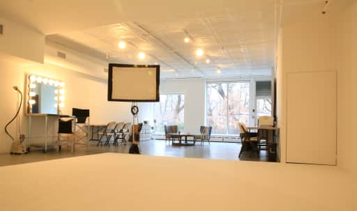 Photography/Film Studio - Newly Renovated and Open Space in Lower Manhattan, New York, NY | Peerspace