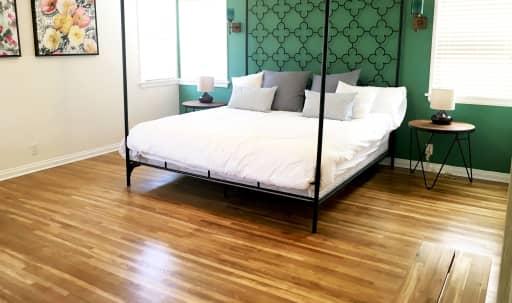 3 Bed/ 2 bath Filming Location! in South Los Angeles, Los Angeles, CA | Peerspace