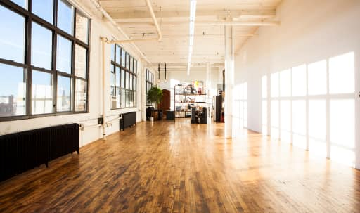 Photo Studio for all Occasions in East Williamsburg, Brooklyn, NY | Peerspace
