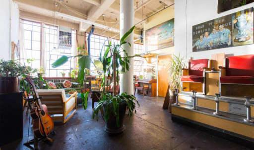 Artist/Designer Loft with Skyline View in East Williamsburg, Brooklyn, NY | Peerspace