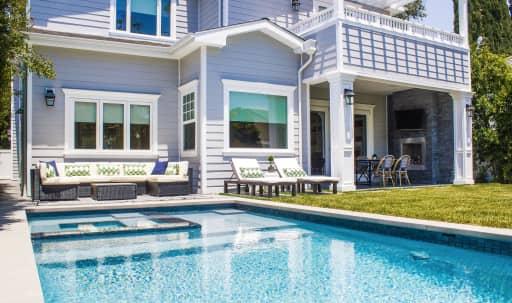 Exquisite Indoor/Outdoor Entertainment Home: Stunning Open Floor Plan with Great Natural Light in Encino, Encino, CA | Peerspace