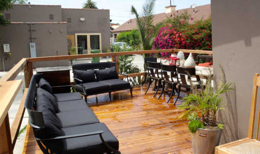 Bright Outdoor Versatile Space in Eagle Rock, Los Angeles, CA | Peerspace