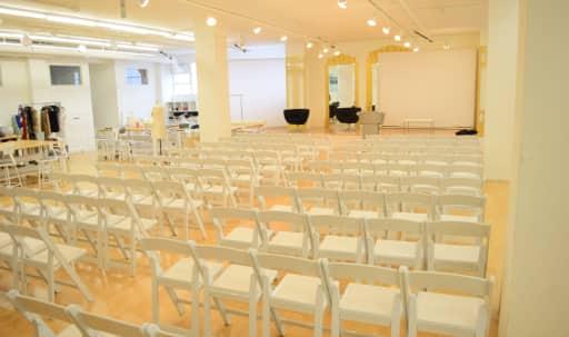 Bright Multi-Use Creative Event & Workshop Space in South Los Angeles, Los Angeles, CA | Peerspace