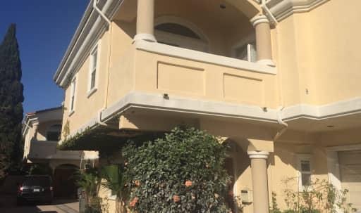 Spacious four bedroom new home in North Redondo, Redondo Beach, CA | Peerspace