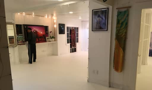 Prime Abbot Kinney Retail & Event Space with great light in Venice, Los Angeles, CA | Peerspace