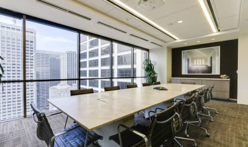 Sunlit Conference Room With Expansive Downtown Views in South of Market, San Francisco, CA | Peerspace