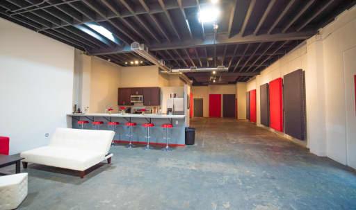 Creative Westside Studio Production Space in Palms, Los Angeles, CA   Peerspace