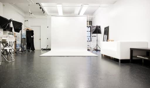 Midtown Manhattan Studio in Garment District, New York, NY | Peerspace