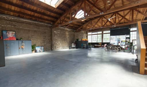 Stunning industrial warehouse in the Mission in Mission District, San Francisco, CA | Peerspace