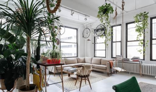 Greenhouse Loft in Midtown, New York, NY | Peerspace