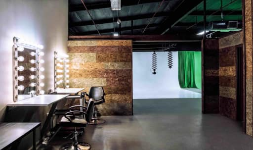 ***SALE***  -  Film & Photo Studio with White & Green Fully-Lit Cycloramas (3600 sq. ft.) in North Hollywood, Sun Valley, CA | Peerspace