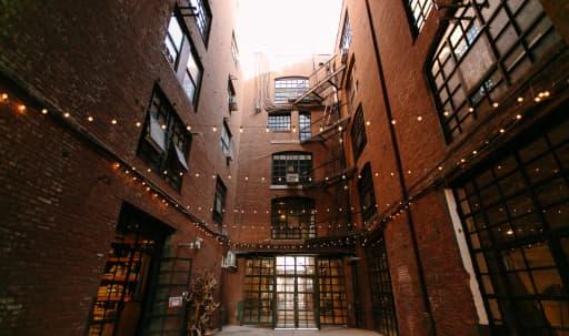 Unique Outdoor Alleyway in Greenpoint, Brooklyn, NY | Peerspace