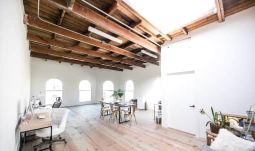 Airy Studio & Conference Space in Historic West Adams in South Los Angeles, Los Angeles, CA   Peerspace