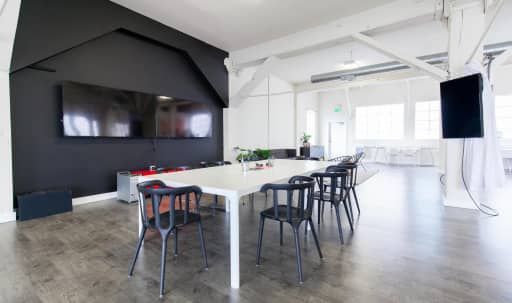 4,000 sq. ft Creative Loft with Great Lighting in South of Market, San Francisco, CA | Peerspace